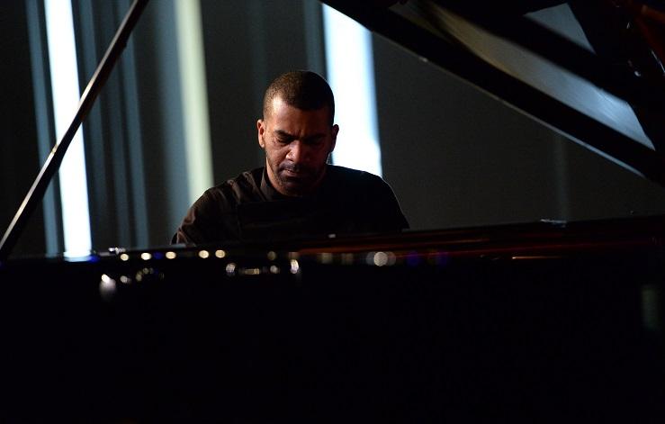 franču pianists Vilems Lačumija