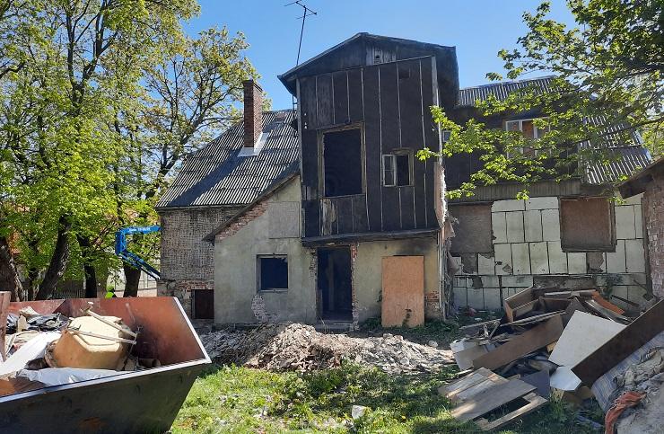 Uzsākti konservācijas darbi ēkā Bāriņu ielā 24
