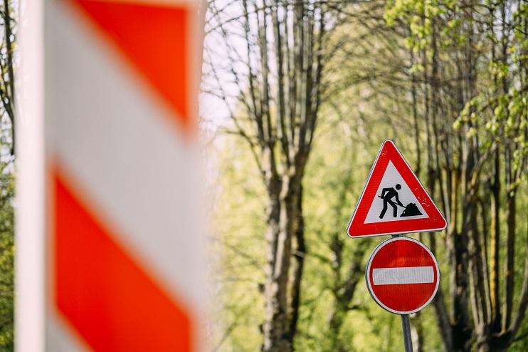 Ceļa zīmes kas norāda to, ka notiek ceļa remonts